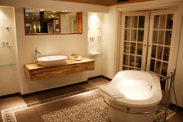 Welkom bij hoogman koel en installatie techniek - Warme badkamer ...